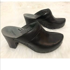 Dansko Black Leather Nailhead Mules Clogs